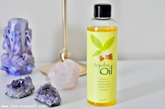 Jojoba oil beauty products